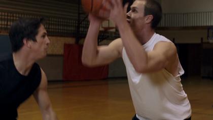 two-young-men-playing-basketball-2_byokrddxr__D
