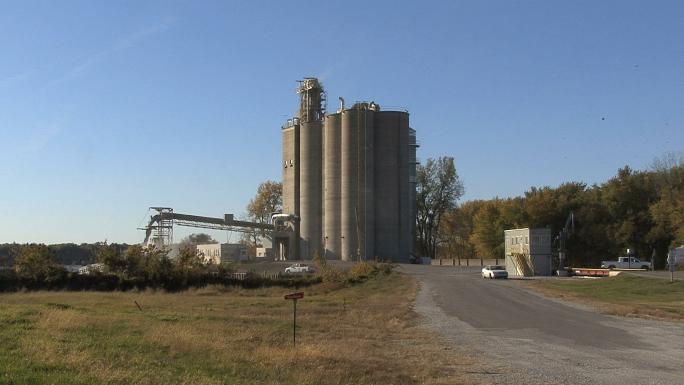 Iowa Grain Elevators 1