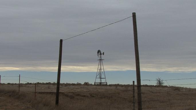 Oklahoma Windmill and Fence 5